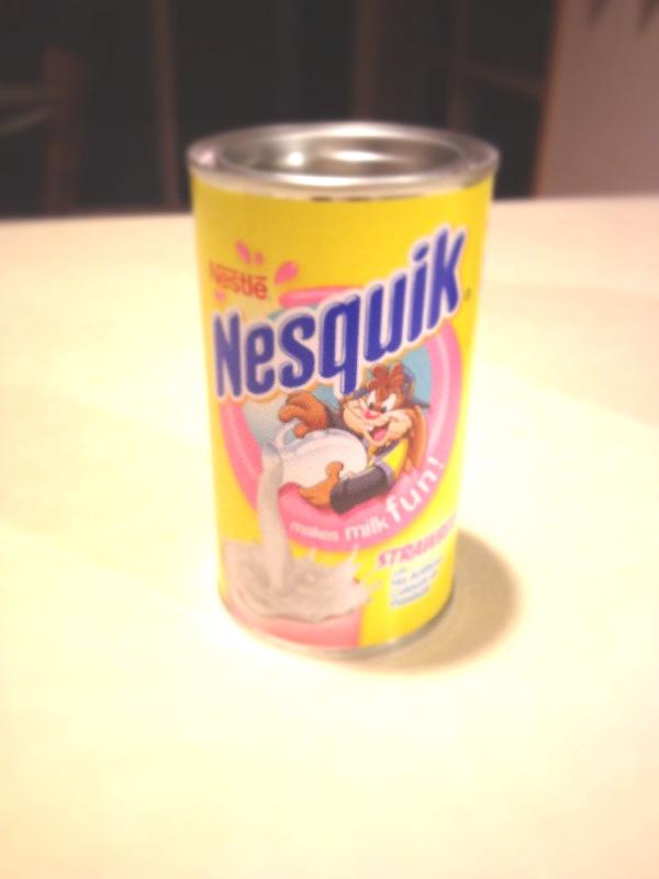 Strawberry Nesquik Cake